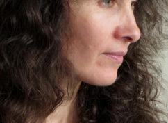 Cycle Jeanne Baret à Bibracte : rencontre-performance  «voix de femmes au présent» sous la direction artistique de Claire Angélini